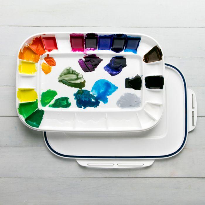 Палитра для акриловых красок MIJELLO с герметичной крышкой на 24 цвета